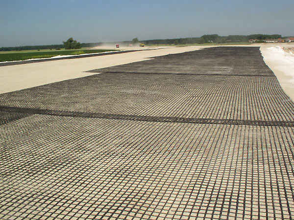 Biaxial  geogrid for pavement reinforcement